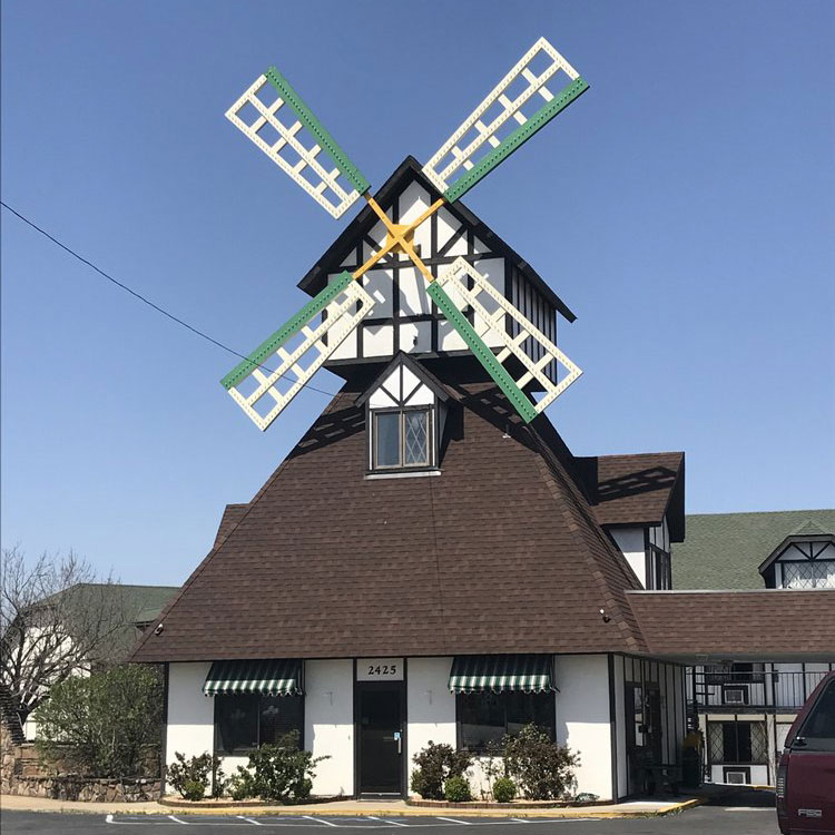 Windmill Inn in Branson, MO commercial roofing project