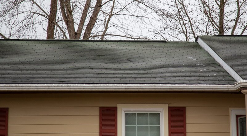 Asphalt shingles in st. Clair, mo (6812)