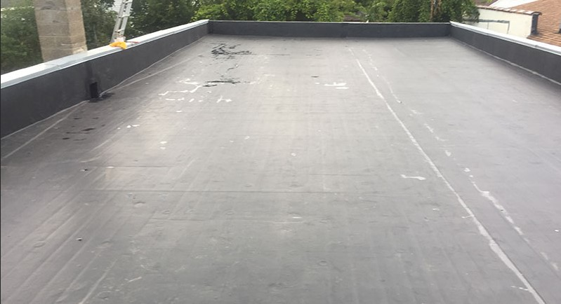Rubber roof in crystal lakes, mo (7053)